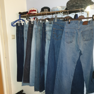 7 stycken Levi's 1 styck J.Linderberg jeans 1 styck Neon i olika skick alla jeans för 150kr