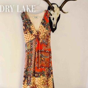 DRY lake klänning, som ny!  #drylake