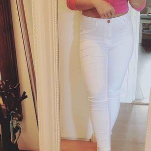Jeans från Gina Tricot - Använd bara 1-2 ggr - storlek S - 150 kr inkl. frakt