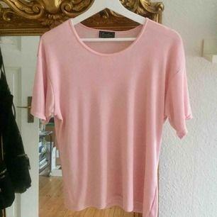 Jättefin och skön tröja från Ecoline! Perfekt rosa färg till våren🌸🌸🌸