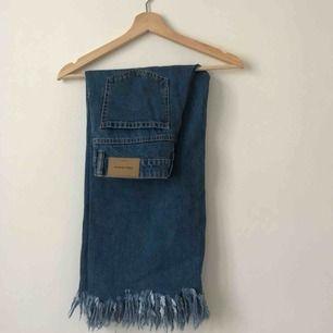 Coola blå jeans från Zara culotte model med högmidja. Frakt ingår🌸🌿