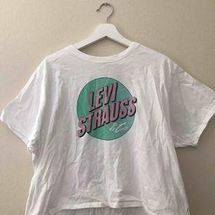 Levis t-shirt, använd 1 gång, storlek L, köparen står för frakt