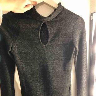 Chiquelle tröja, verkligen inte använd många gånger och väldigt bra skick! Köparen står för frakten🤪