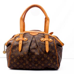 Louis Vuitton väska i bra skick. Självklart äkta.