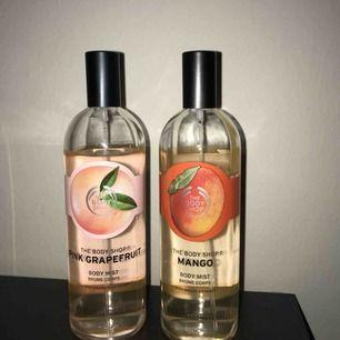 Säljer body mist från The Body Shop, Pink grapefruit och Mango doft. Säljer en för 100kr och båda för 180kr tsm.