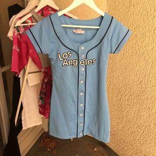 Världens coolaste klänning från USA. Så garnterat att få har en likadan 74671c5ed9559