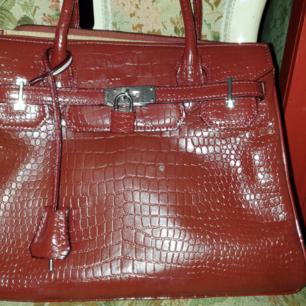 Väska som är köpt I italien  Oanvänd  Frakt tillkommer