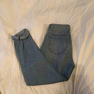 Jättefina girlfriend jeans från bikbok