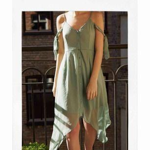 Super fin mint färgad sommarklänning från NA-KD. Klänningen är i nytt  skick🌿 a63955e101d60