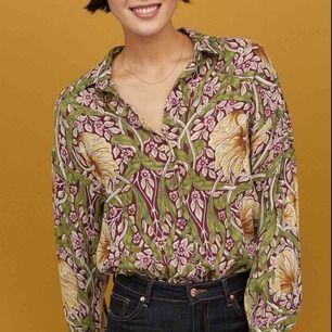H&M Morris & co skjorta/ blus använd enstaka gånger, som ny!