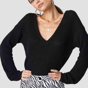 populär tröja från NAKD i storlek S! Superfint skick! 🤗
