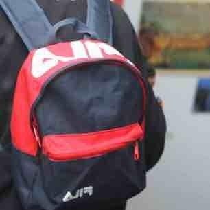 Liten ryggsäck, köpt på urban outfitters, knappt använd