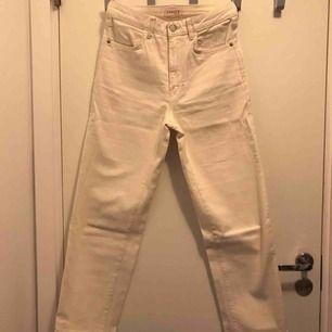 Från Lindex används fåtal gånger - Lindex Jeans   Byxor - Second Hand f2d060f37b882
