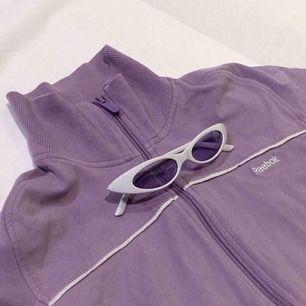 Skitsnygga solbrillor köpta i Rom.