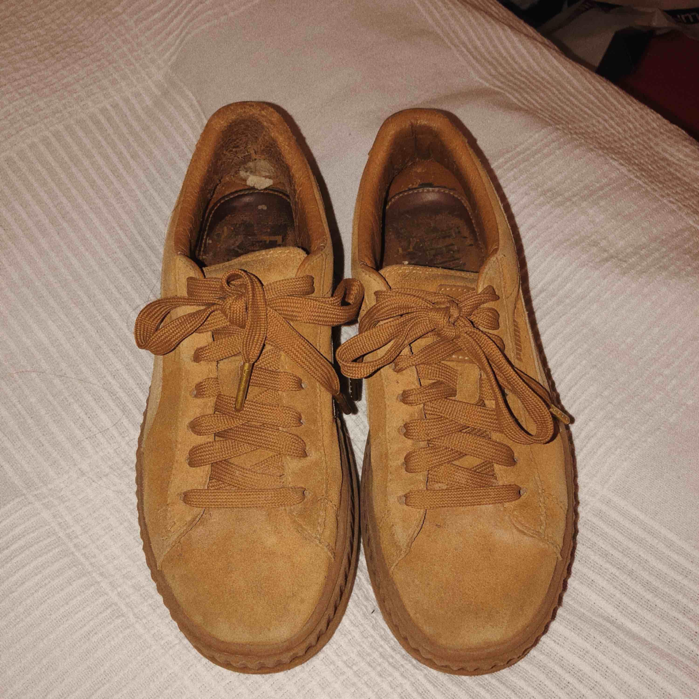 fd2ba229542 ... Rihannas Fenty x Puma skor, creepers. Köpte härifrån men bara använt  dem en gång