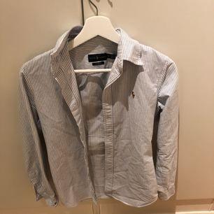 Ralph lauren skjorta, super fint skick!:)
