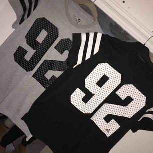 Fina adidas t-shirts. 200 kr för båda. Står ej för frakt!