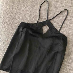 Aldrig använd svart linne!