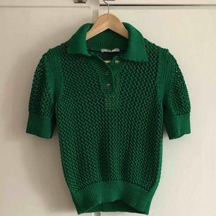 Oanvänd stickad tröja från Zara