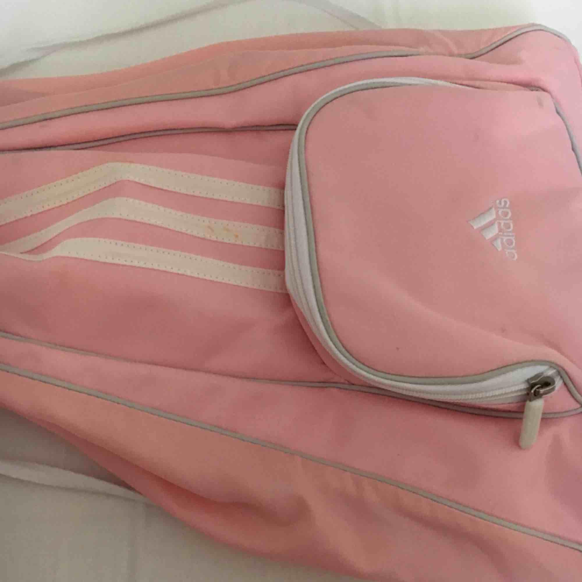 adidas rosa väska