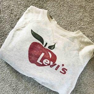 Collegetröja från Levis