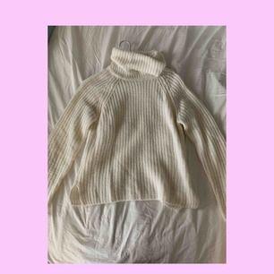 super mysig stickad tröja från Ginatricot