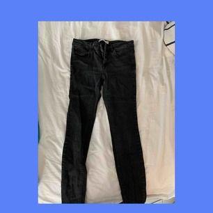 svarta Jeans från gina