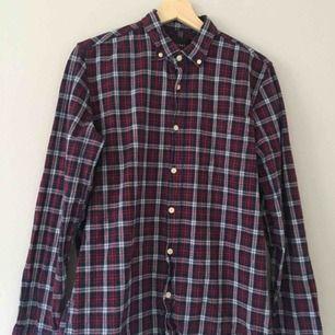 Skjorta köpt från carlings