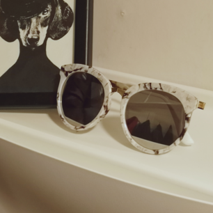 Marmour solglasögon i fint skick.