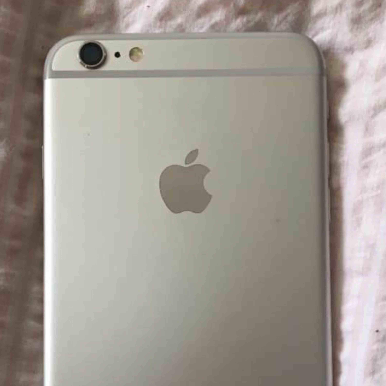iPhone 6 S plus fint skick inga repor bra batteri å mycke skal till plus laddare   Har swich ska den skickas förskott bet gäller annat få man hämta hos mej i Kilafors ... köpan står för frakt  . Övrigt.