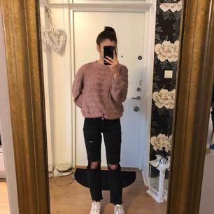 slitna jätte fina boyfriend jeans, aldrig använda :)