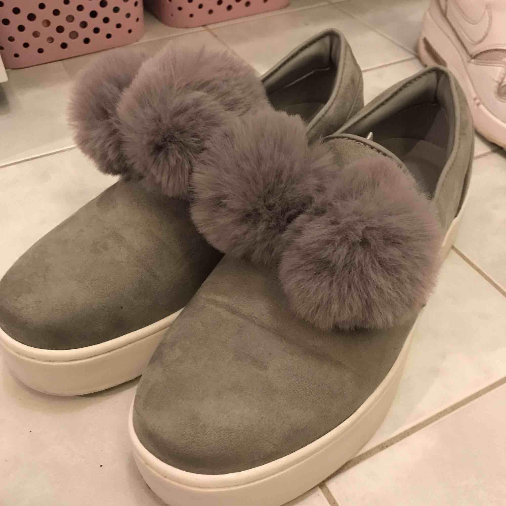 Söta skor från märket VOX. . Skor.