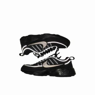 Nike Air Zoom spiridon 16 black.. size 40.5 skick:8/10 nypris:1599kr., 500kr