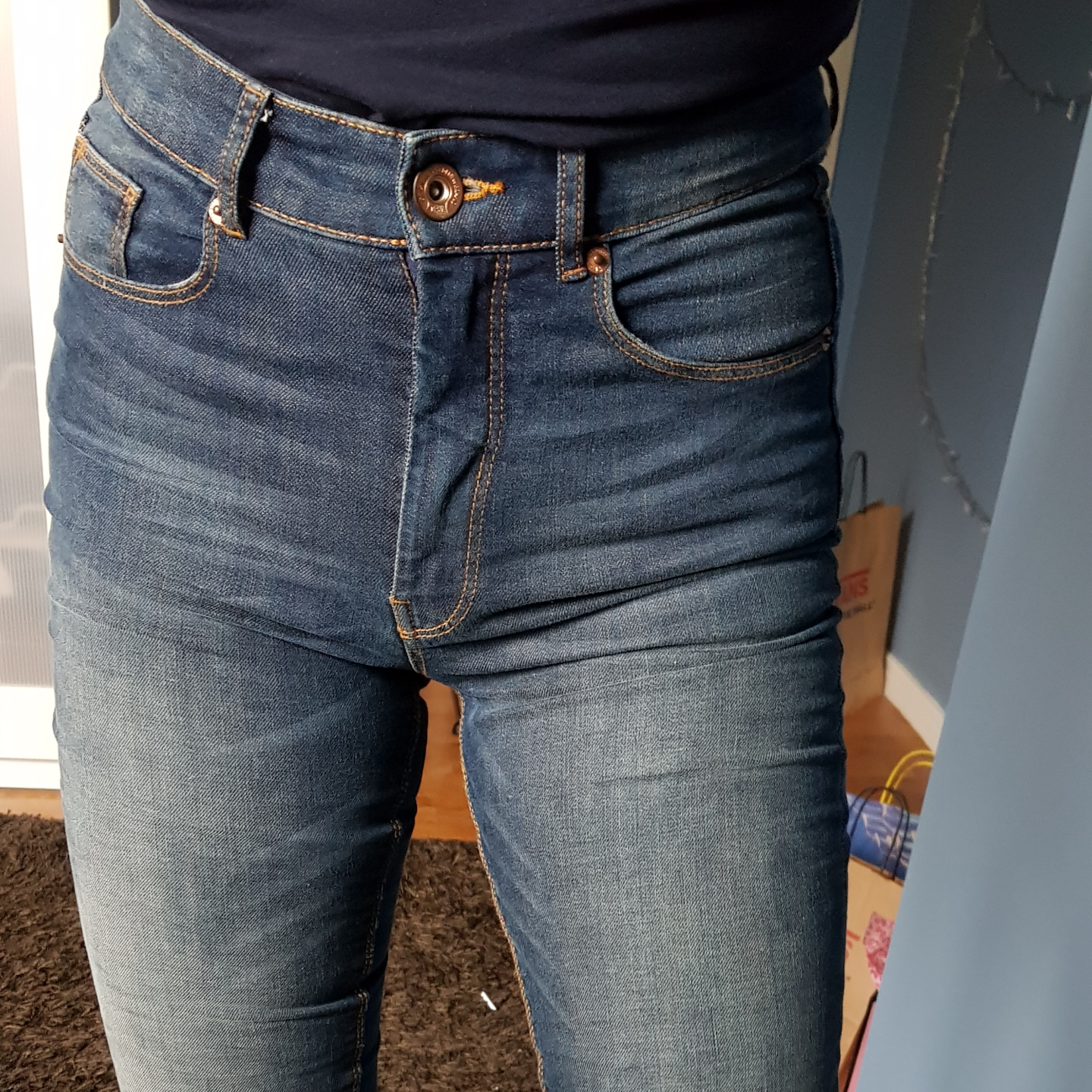 High waist Lindex jeans that are hardly used! I'm 172 as a length reference. A few years old.. Jeans & Byxor.