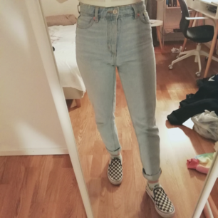 Blue high waisted jeans from monki, size 26, model kimomo, had them for half a year. Selling them because they are too small for me.