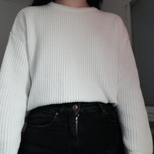 A nice sweater from Bershka, size S, in a good condition!