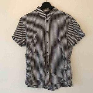 Randig grå skjorta från Filippa K!