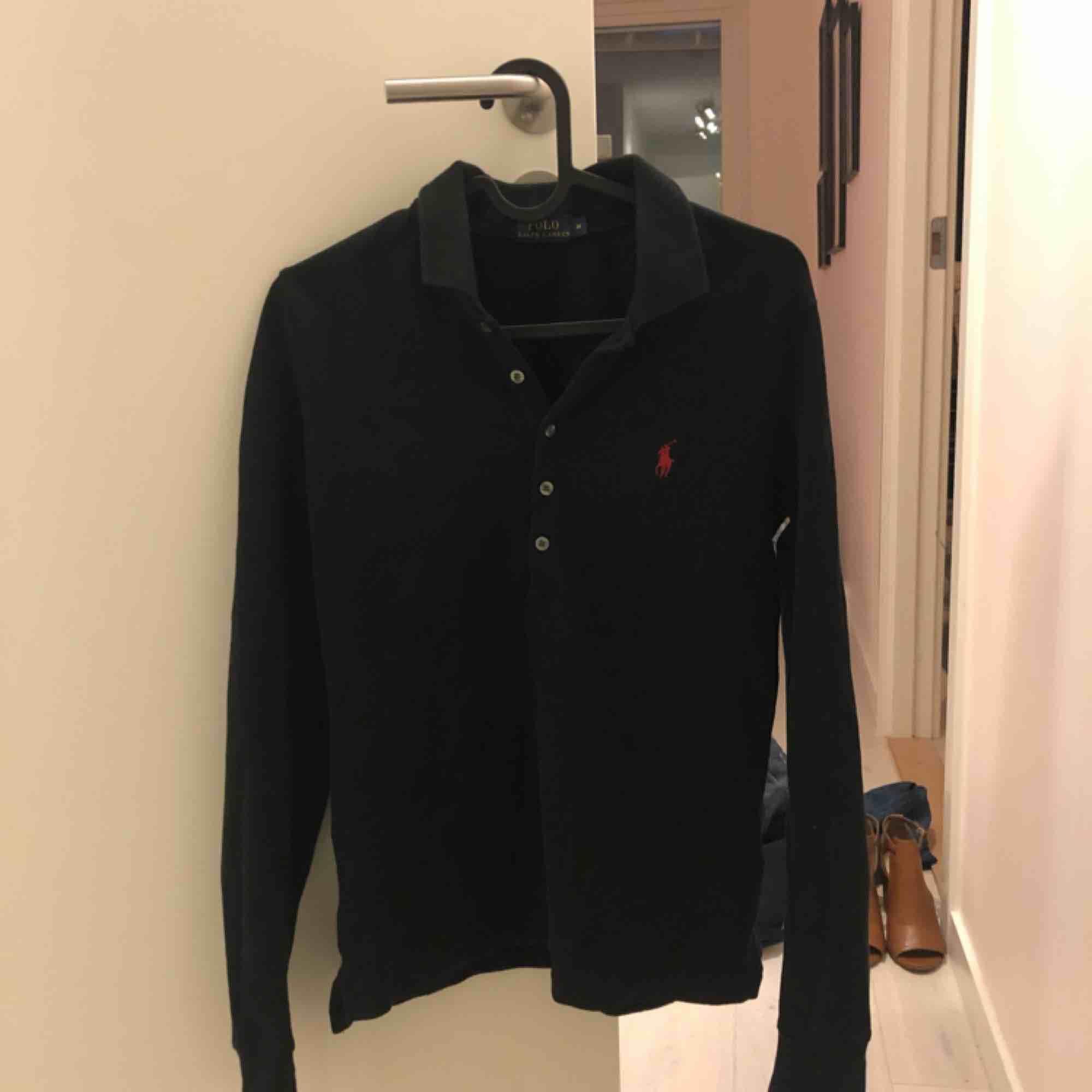 Tröja från Ralph Lauren i storlek Medium . Tröjor & Koftor.