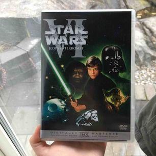 !!!!Star Wars!!!! Episode VI - Return Of The Jedi (tredje filmen) + extramaterial •Samlarobjekt •Original trilogy  (Har även episode IV) SKYNDA FYNDA😍🔥