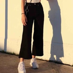 asballa jeans från h&m, högmidjade och breda i benen