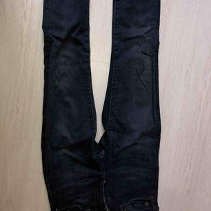 Blåa byxor, aldrig använda + frakt