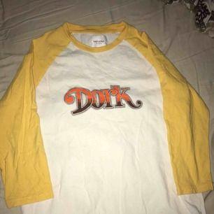 Trekvarts tröja från carlings storlek S! Ordinarie pris 299kr, använd två gånger och är i ett väldigt bra skick! Köparen står för frakten