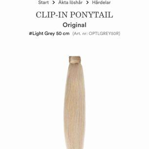 Hej, söker den här hästsvansen från rapunzel i färgen 60 eller light grey. Vill gärna ha den i äkta hår men kan även tänka mig en syntetisk. Kan tänka mig andra märken OM det är bra kvalité på håret. Skriv jättegärna om du vill sälja ❤️❤️❤️