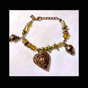 armband från pilgrim
