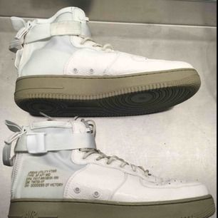 Nike air force SF mid. Mycket gott skick