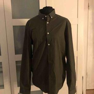 Köpt: H&M  Färg: Militärgrön   Str: M
