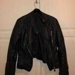 Chiquelle moto jacket black I jätte bra skick!