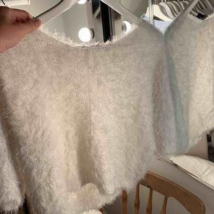 Fin vinter tröja, men mycket skönt material! Från en Liten butik i Spanien