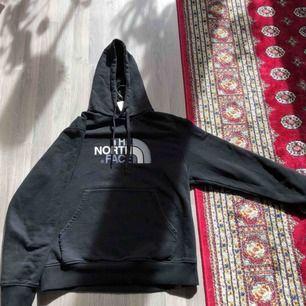 Storlek S, skön nice hoodie!