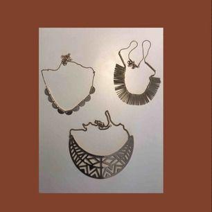 Halsband från h&m, 20 kr styck.